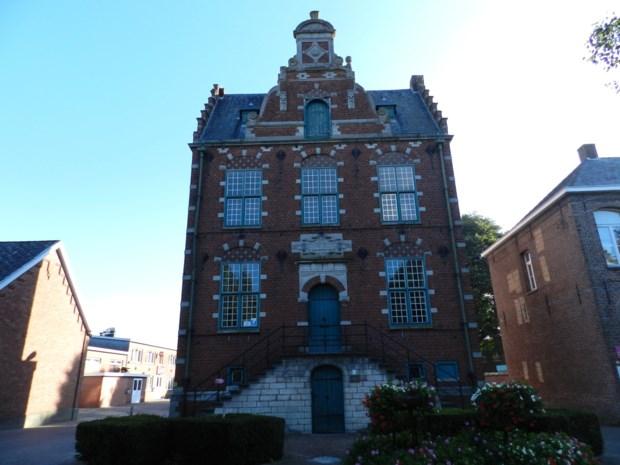 Bibliotheek Meerle verhuist naar raadhuis