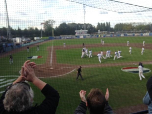 Belgische baseballers helpen Neptunus aan Nederlandse titel