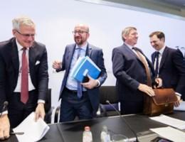 Crisis is compleet: premier Michel stelt beleidsverklaring uit