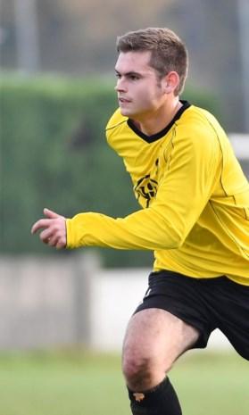 """Ex-keeper Rob Wils debuteert als nummer tien bij Kasterlee: """"Ik had geen plezier meer als doelman"""""""