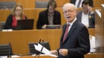 MR roept oud-minister Armand De Decker voor arbitrageraad