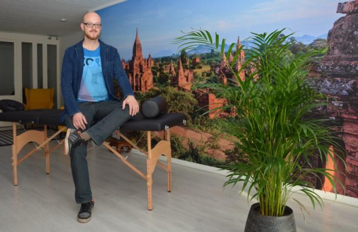 "Antwerpenaar (33) gooit leven om na burn-out : ""Hypnose helpt tegen stress"""