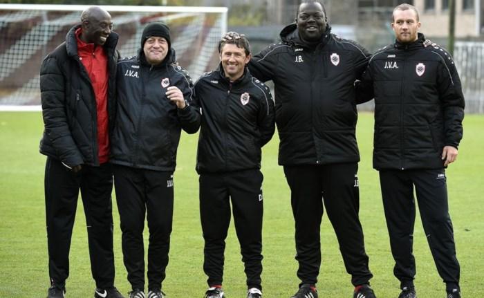 """Sadio Demba is nieuwe hoofdcoach: """"De trainers stellen de ploeg op, niet Bico"""""""