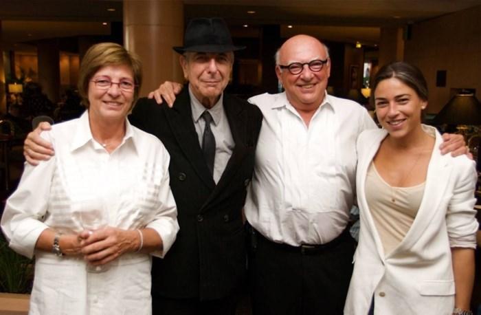 """Dochter 'Boogie Boy' reisde zes maanden met Leonard Cohen: """"Niets dan goede herinneringen"""""""