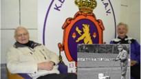 """Stan (85) herkent zijn vader op cover 125 jaar GvA: """"Hij was 60 jaar met Beerschot getrouwd"""""""