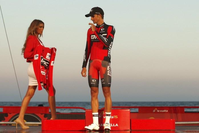 Peter Velits, voormalig wereldkampioen bij de beloften, hangt fiets aan de haak