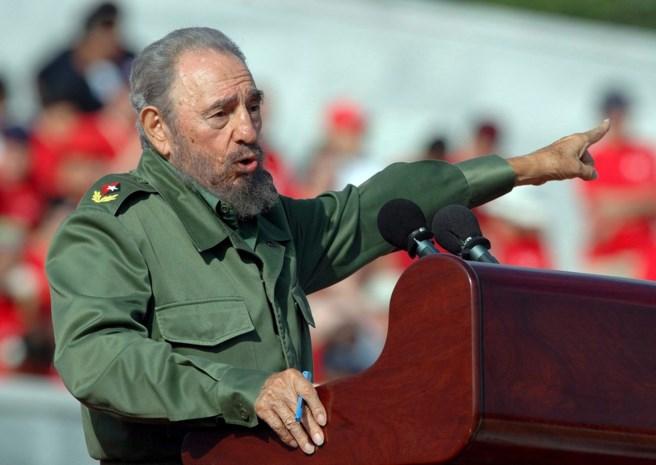 Fidel Castro (90) is overleden