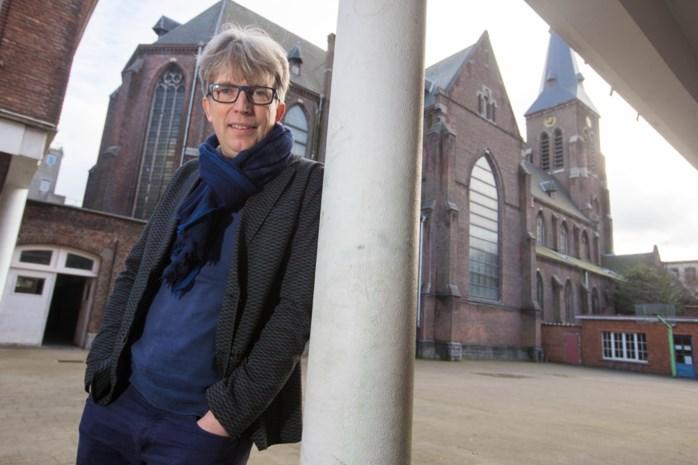 Antwerpse primeur: Samen leven in kerk of kasteel