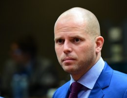 """Francken houdt vol: """"Zal geen visum verlenen aan Syrisch gezin"""""""