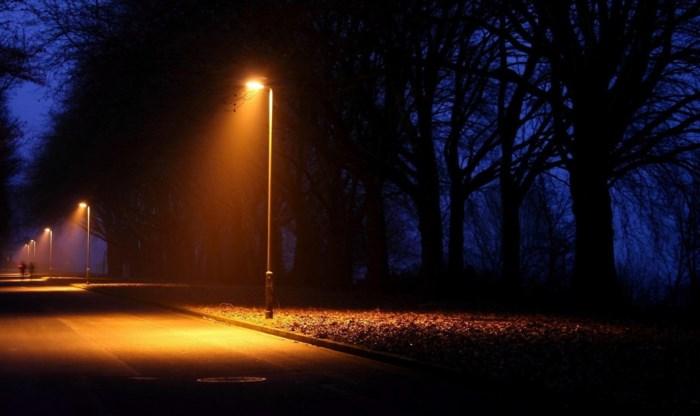 Gemeente maakt het opnieuw wat lichter 's nachts