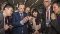 De Wever op bezoek bij Huawei in Shanghai