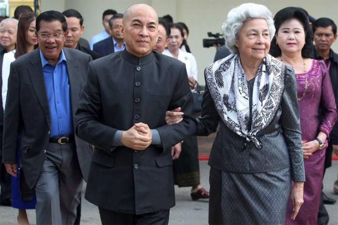 Drie Cambodjanen vervolgd voor homopornografische foto's met koning