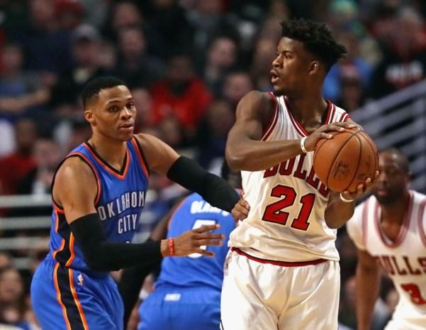 NBA. Russel Westbrook leidt Thunder langs Bulls