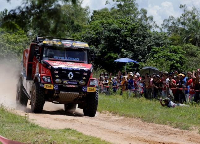 Van den Brink wint Dakar-rit bij truckers, De Rooy is leider af