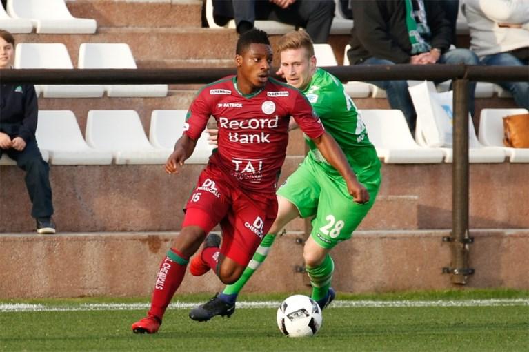 OEFENMATCHEN. AA Gent wint met 11-0 (!) tegen Chinese ploeg, Coucke woest op ref