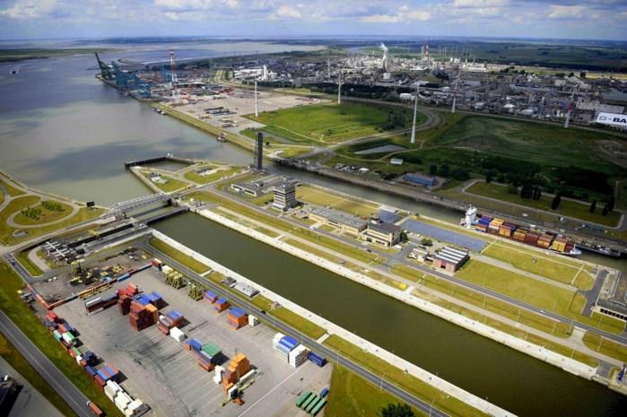 Recordcijfers voor Antwerpse haven: 10 miljoen containers in 2016