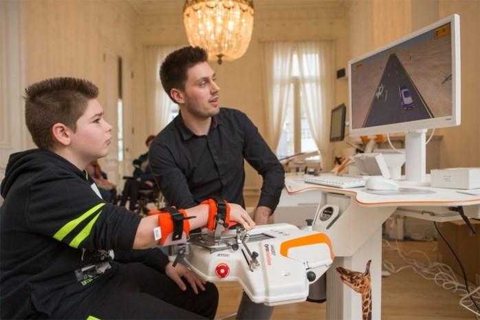 Nieuw revalidatiecentrum laat patiënten dankzij robotachtige apparaten weer bewegen