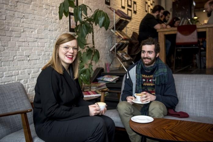 Op therapie in Antwerpse koffiebar: één keer per week spreekuur