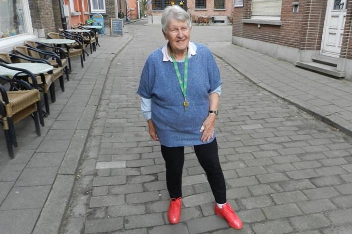 Overgrootmoeder van 90 wordt eerstejaars filosofie