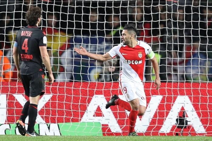AS Monaco wint topper van Nice en staat nu alleen op kop