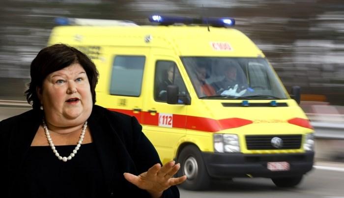 Ambulances rekenen facturen onwettig door aan patiënten