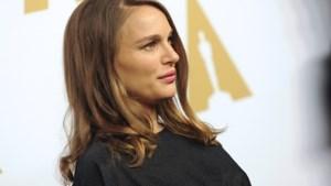 Natalie Portman naar Oscarlunch in een jurkje van 60 euro