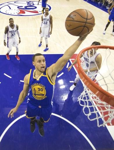 LeBron James en Stephen Curry niet 100%, maar Cleveland en Golden State laten geen steek vallen