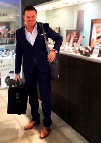 Juwelier (50) uit Anselmostraat overmeestert overvaller