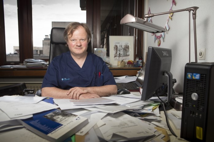 Leuvense topdokter knoeide met experimentele kankervaccins
