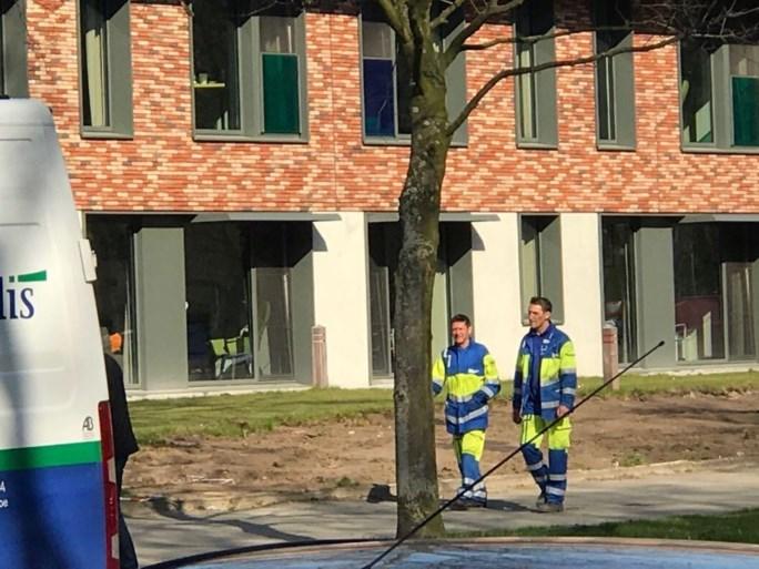 Gasmaatschappij en brandweer opgetrommeld ... voor lijmgeur