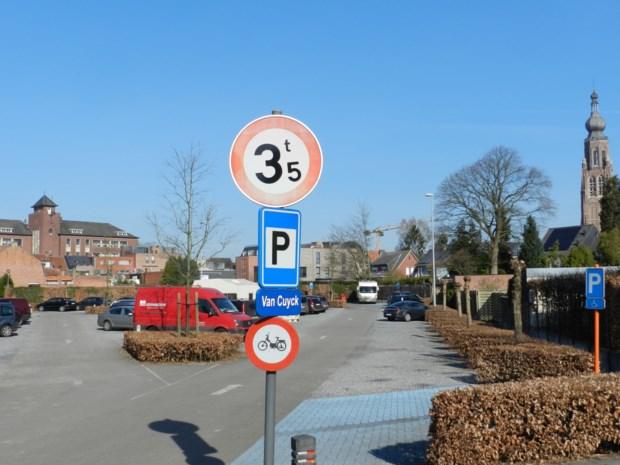Signalisatie naar plaatsen voor langparkeren