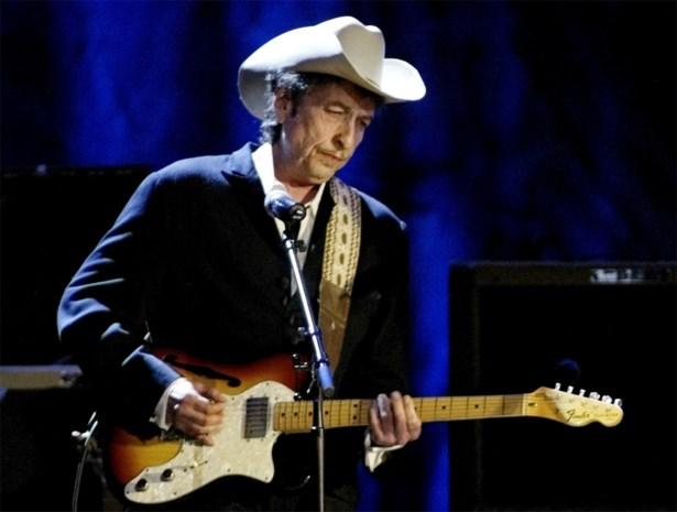 Bob Dylan haalt dan toch Nobelprijs op