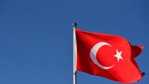 Opnieuw 45 Turkse rechters en procureurs ontslagen