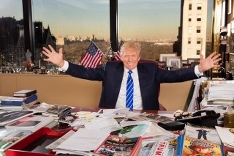Deze Belgische maakte omstreden portret van Melania Trump