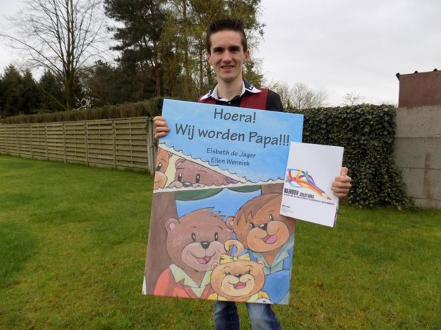 Twintiger ontwerpt workshops over holebi's voor kinderen