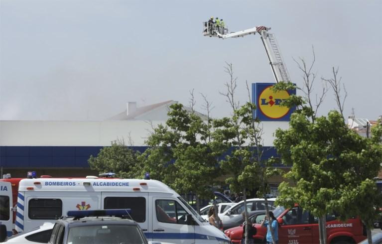 Vliegtuig stort neer op parking van Lidl in Portugal: vijf doden