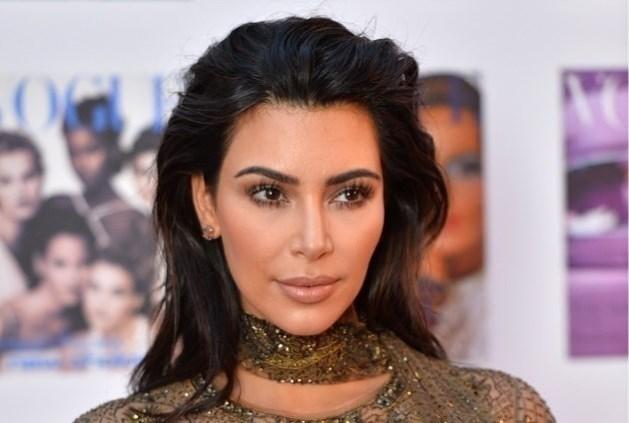 Kim Kardashian onder vuur voor ongewone dieettip