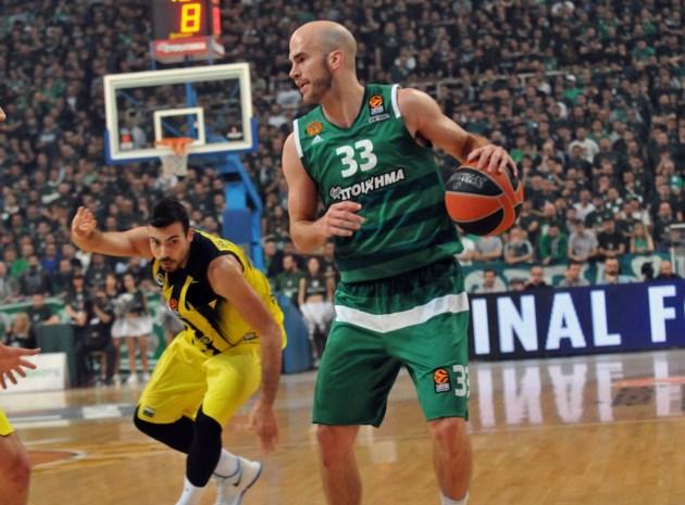 Voorzitter Panathinaikos verplicht spelers tot busrit van 1.100 km na Europese nederlaag