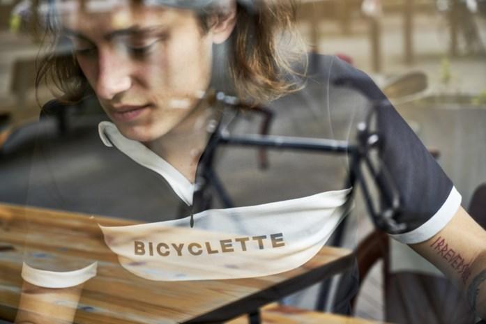 """Antwerpenaar lanceert modecollectie Bicyclette: """"Een wielertruitje onder je kostuum"""""""