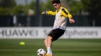 Slachtoffer van aanslag op spelersbus Dortmund traint eindelijk weer voluit