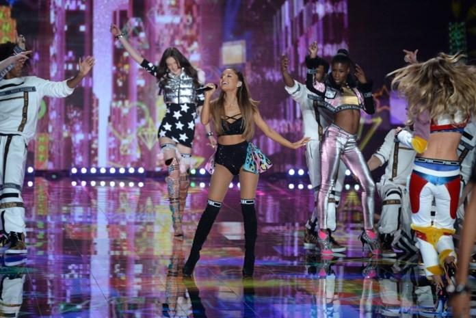 Ariana Grande concerteert zondag in Manchester samen met andere sterren
