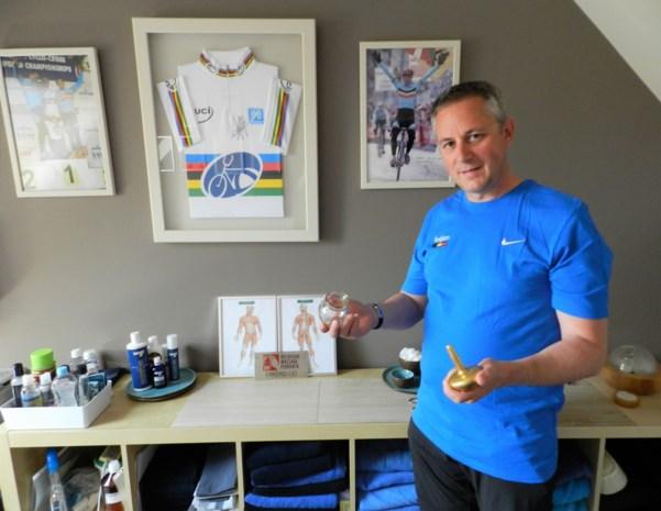 Masseur van bekende renners gaat naar WK massage