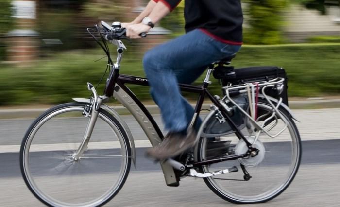 Jongeman (26) sterft na ongelukkige val met fiets in Zeebrugge