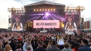 Eén vuist tegen terreur: onze man zag veel tranen op 'One Love Manchester'-concert