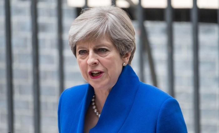 Twee topadviseurs May nemen ontslag