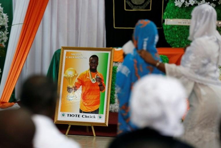 Ivoorkust neemt emotioneel afscheid van Cheick Tioté