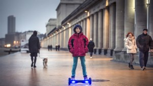 Helft gebruikers van hoverboards of monowheels kent verzekeringsplicht niet