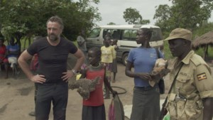 """Tom Waes zwaar aangegrepen: """"Na bezoek aan Noord-Oeganda kan ik geen los entertainment meer maken"""""""