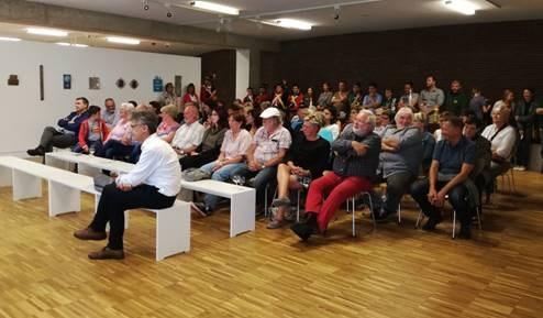 Kunstwerken Ludo Berens brengen meer dan 4000 euro op