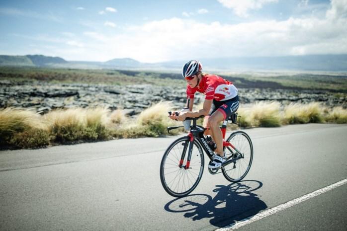 Tine Deckers wordt derde in halve Ironman van Pescara